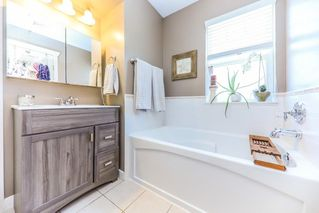 Photo 14: 7 19063 MCMYN ROAD in Pitt Meadows: Mid Meadows Townhouse for sale : MLS®# R2295397