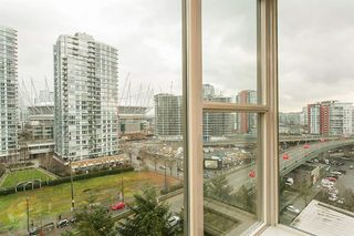 Photo 2: 1208 1009 Expo Boulevard: Condo for sale (Vancouver West)