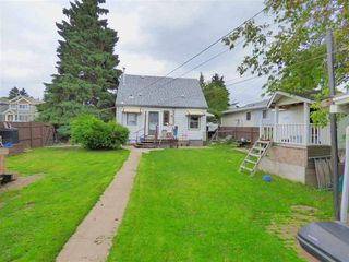 Photo 8: 9060 151 Street in Edmonton: Zone 22 House for sale : MLS®# E4176307