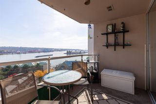 "Photo 5: 1202 1065 QUAYSIDE Drive in New Westminster: Quay Condo for sale in ""Quayside Tower II"" : MLS®# R2422058"