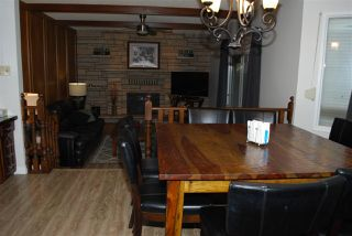 Photo 11: 11220 24 Avenue in Edmonton: Zone 16 House for sale : MLS®# E4218202