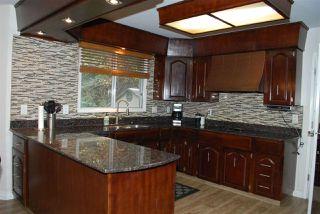 Photo 7: 11220 24 Avenue in Edmonton: Zone 16 House for sale : MLS®# E4218202