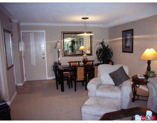 Photo 3: 110 1860 Southmere Crescent in Southmere Villa: Home for sale : MLS®# F2821507