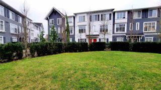 "Photo 3: 40 15152 91 Avenue in Surrey: Fleetwood Tynehead Townhouse for sale in ""FLEETWOOD MAC"" : MLS®# R2527933"
