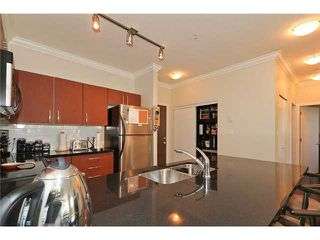 "Photo 4: 105 7339 MACPHERSON Avenue in Burnaby: Metrotown Condo for sale in ""CADENCE"" (Burnaby South)  : MLS®# V941326"