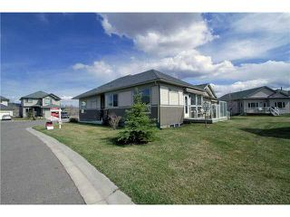 Photo 1: 328 Crawford Close: Cochrane Residential Detached Single Family for sale : MLS®# C3520793