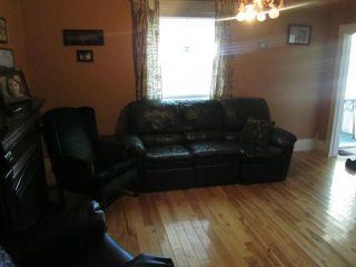 Photo 3: 83 Hart Avenue in WINNIPEG: East Kildonan Residential for sale (North East Winnipeg)  : MLS®# 1217691