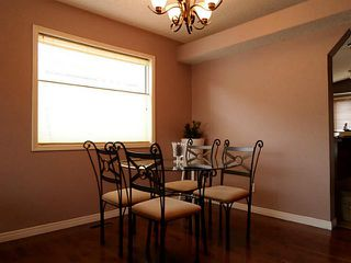 Photo 6: 37 CITADEL Gardens NW in CALGARY: Citadel Residential Detached Single Family for sale (Calgary)  : MLS®# C3568731