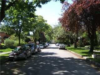 """Photo 3: 4474 W 15TH Avenue in Vancouver: Point Grey House for sale in """"POINT GREY"""" (Vancouver West)  : MLS®# V1008237"""