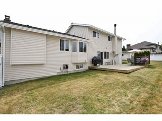 Photo 19: 18979 SUNRISE Avenue in Surrey: Cloverdale BC House for sale (Cloverdale)  : MLS®# F1315529