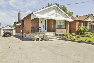 Photo 2: 1125 Warden Avenue in Toronto: Wexford-Maryvale House (Bungalow) for sale (Toronto E04)  : MLS®# E2690857