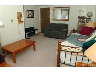 Photo 5: 3392 Fulton Rd in VICTORIA: Co Triangle Single Family Detached for sale (Colwood)  : MLS®# 321153