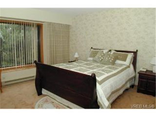 Photo 3: 3392 Fulton Rd in VICTORIA: Co Triangle Single Family Detached for sale (Colwood)  : MLS®# 321153