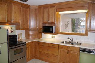 Photo 2: 1446 Mars Drive in Winnipeg: Fort Garry Single Family Detached for sale (South Winnipeg)  : MLS®# 1506351