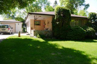 Photo 1: 1446 Mars Drive in Winnipeg: Fort Garry Single Family Detached for sale (South Winnipeg)  : MLS®# 1506351
