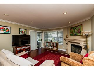 Photo 3: 27 1160 INLET STREET in Coquitlam: New Horizons Townhouse for sale : MLS®# R2038312