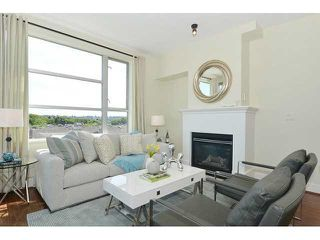 Photo 2: 613 2655 CRANBERRY DRIVE in Vancouver: Kitsilano Condo for sale (Vancouver West)  : MLS®# V1140165
