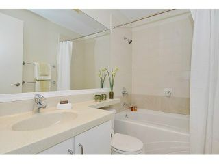 Photo 12: 613 2655 CRANBERRY DRIVE in Vancouver: Kitsilano Condo for sale (Vancouver West)  : MLS®# V1140165