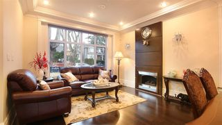 Photo 1: 3288 W 38TH AVENUE in Vancouver: Kerrisdale House for sale (Vancouver West)  : MLS®# R2037635