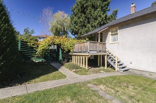 Photo 18: 2504 E 28TH AVENUE in Vancouver: Collingwood VE House for sale (Vancouver East)  : MLS®# R2111921