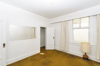 Photo 6: 2504 E 28TH AVENUE in Vancouver: Collingwood VE House for sale (Vancouver East)  : MLS®# R2111921
