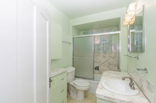 Photo 7: 2504 E 28TH AVENUE in Vancouver: Collingwood VE House for sale (Vancouver East)  : MLS®# R2111921