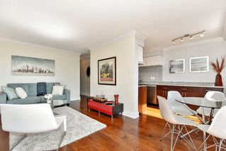 Photo 12: 1202 - 2370 West 2nd Ave in Vancouver: Kitsilano Condo for sale (Vancouver West)  : MLS®# R2306707