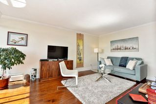 Photo 10: 1202 - 2370 West 2nd Ave in Vancouver: Kitsilano Condo for sale (Vancouver West)  : MLS®# R2306707