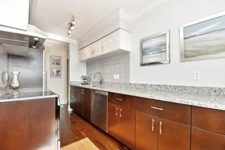 Photo 9: 1202 - 2370 West 2nd Ave in Vancouver: Kitsilano Condo for sale (Vancouver West)  : MLS®# R2306707