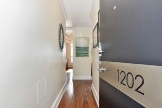 Photo 2: 1202 - 2370 West 2nd Ave in Vancouver: Kitsilano Condo for sale (Vancouver West)  : MLS®# R2306707
