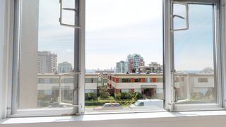 Photo 9: 207 140 EAST 4TH STREET in North Vancouver: Lower Lonsdale Condo for sale : MLS®# R2356595
