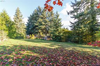 Photo 1: 2148 Panaview Hts in SAANICHTON: CS Keating Land for sale (Central Saanich)  : MLS®# 827831