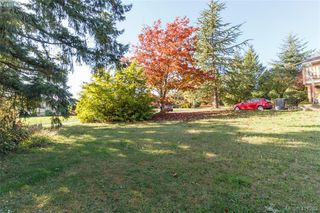 Photo 3: 2148 Panaview Hts in SAANICHTON: CS Keating Land for sale (Central Saanich)  : MLS®# 827831