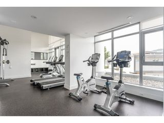 """Photo 16: 2006 520 COMO LAKE Avenue in Coquitlam: Coquitlam West Condo for sale in """"The Crown"""" : MLS®# R2421657"""