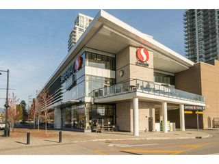 """Photo 14: 2006 520 COMO LAKE Avenue in Coquitlam: Coquitlam West Condo for sale in """"The Crown"""" : MLS®# R2421657"""