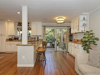 Photo 10: LA COSTA House for sale : 4 bedrooms : 6736 Paseo Del Vista in Carlsbad