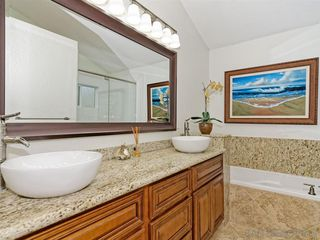 Photo 24: LA COSTA House for sale : 4 bedrooms : 6736 Paseo Del Vista in Carlsbad