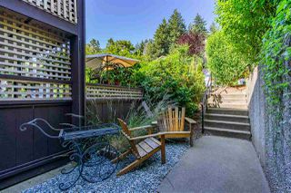 """Photo 2: 1111 34909 OLD YALE Road in Abbotsford: Abbotsford East Townhouse for sale in """"The Gardens"""" : MLS®# R2477983"""