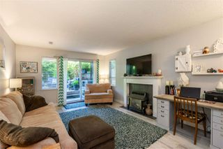 """Photo 4: 1111 34909 OLD YALE Road in Abbotsford: Abbotsford East Townhouse for sale in """"The Gardens"""" : MLS®# R2477983"""