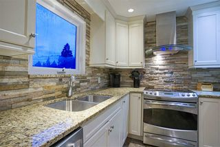Photo 12: 357 HICKEY Drive in Coquitlam: Coquitlam East House for sale : MLS®# R2480998