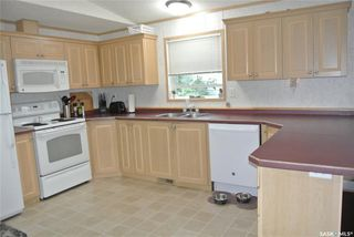 Photo 4: 203 South Railway Street West in Warman: Residential for sale : MLS®# SK826001