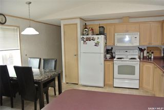 Photo 5: 203 South Railway Street West in Warman: Residential for sale : MLS®# SK826001