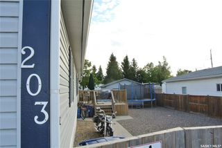 Photo 1: 203 South Railway Street West in Warman: Residential for sale : MLS®# SK826001