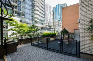 "Photo 37: 305 1252 HORNBY Street in Vancouver: Downtown VW Condo for sale in ""PURE"" (Vancouver West)  : MLS®# R2498958"