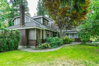 """Photo 2: 1996 AMBLE GREENE Drive in Surrey: Crescent Bch Ocean Pk. House for sale in """"Amble Greene"""" (South Surrey White Rock)  : MLS®# R2504700"""