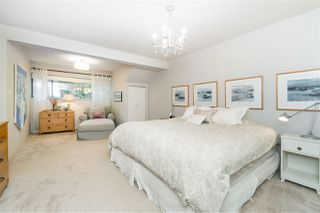 """Photo 25: 1996 AMBLE GREENE Drive in Surrey: Crescent Bch Ocean Pk. House for sale in """"Amble Greene"""" (South Surrey White Rock)  : MLS®# R2504700"""