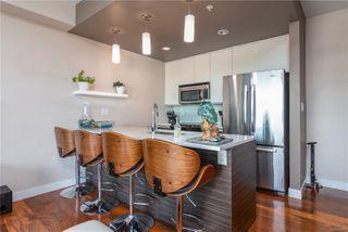 Photo 4: 303 1008 Tillicum Rd in : Es Kinsmen Park Condo for sale (Esquimalt)  : MLS®# 858591