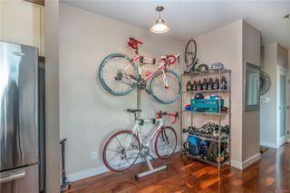 Photo 6: 303 1008 Tillicum Rd in : Es Kinsmen Park Condo for sale (Esquimalt)  : MLS®# 858591