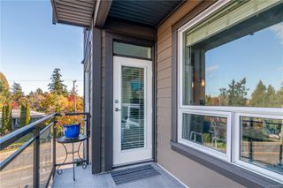 Photo 13: 303 1008 Tillicum Rd in : Es Kinsmen Park Condo for sale (Esquimalt)  : MLS®# 858591
