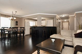 Photo 4: 203 15272 20 Avenue in Windsor Court: Home for sale : MLS®# F1010971